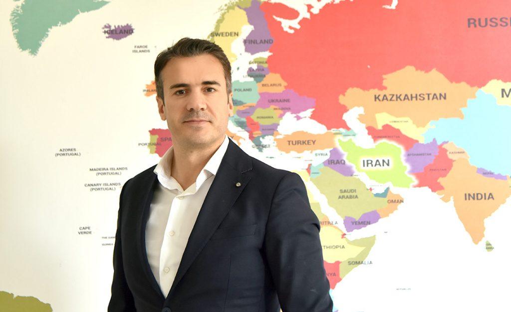 azargostaran Asia - آذرگستران آسیا
